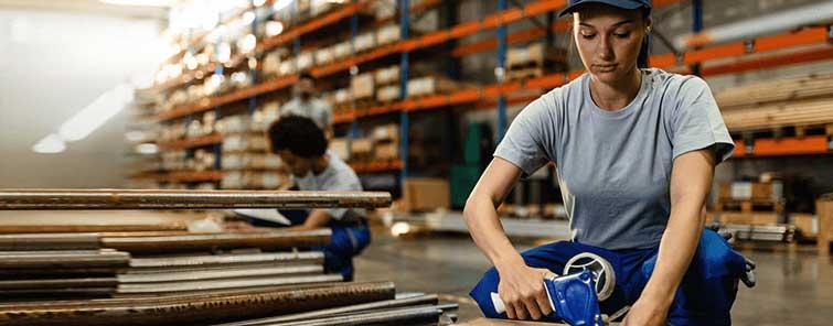 Förvaringsbackar och utrustning för Pack & Emballage